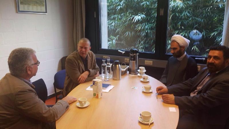 ديدار با رئيس دانشگاه تاريخى لون واساتيد آن در بروكسل پایتخت بلژیک